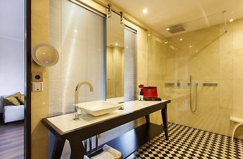 Rooms U0026 Availability. Grand Deluxe Double Room